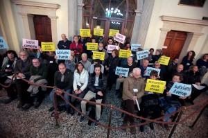 BARSOTTI - PROTESTA LEGAMBIENTE IN CONSIGLIO COMUNALE