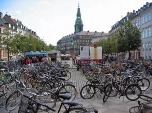 copenhagen-bikes-490x367